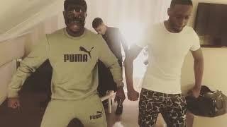 Dadju danse sur un morceau intitulé picollo 2018