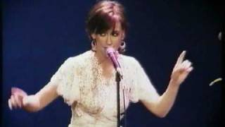 Jennifer Love Hewitt - Hey Everybody (Acoustic Live)