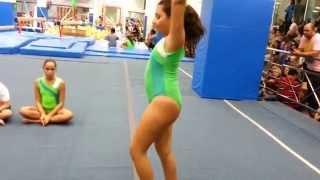 Apresentação solo da ginástica artística