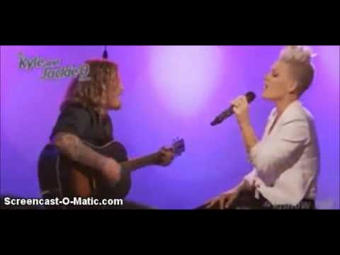 pnk-fucking-perfect-live-on-the-kyle-and-jackie-o-show-2012-pinklover0326