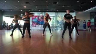 Bang Bang Bang - ritmozum by Elva Tomato