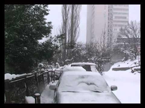Snowstorm in Yalta. – Метель в Ялте.