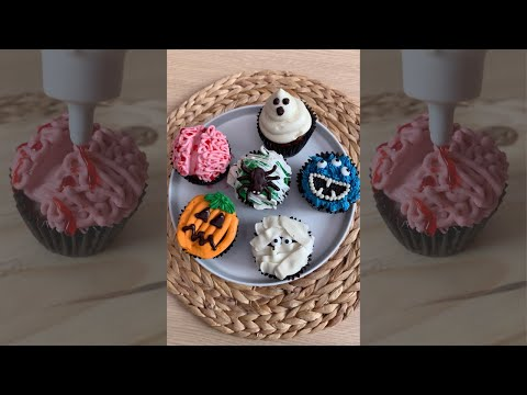The Easiest Halloween Cupcakes You'll Ever Make