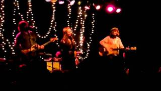 Angus and Julia Stone - Big Jet Plane - Live in Seattle