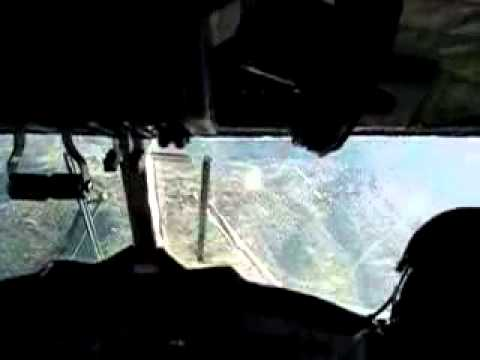 Aterrizaje en Lukla desde la cabina