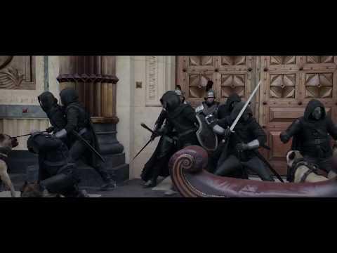 Rey Arturo: La Leyenda de Excalibur - Clip '¡Cogedla!' - Castellano HD