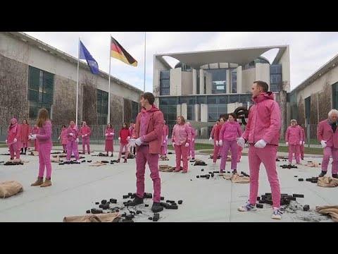 """""""Розовый протест"""" в Берлине photo"""