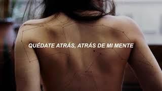 Two Feet - Back Of My Mind (Español)