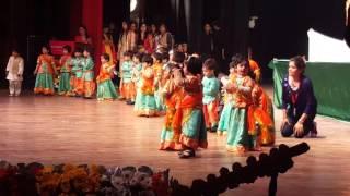 Mysha dancing
