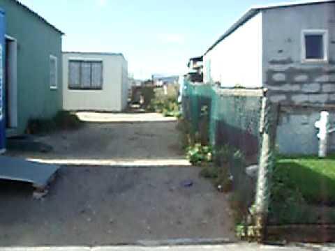 南アフリカのスラム街?