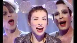Annie Lennox - No More I Love You's (xmas TOTPs)