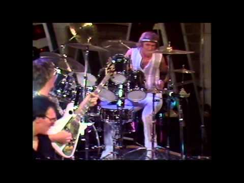 yes-tempus-fugit-official-music-video-yesofficial