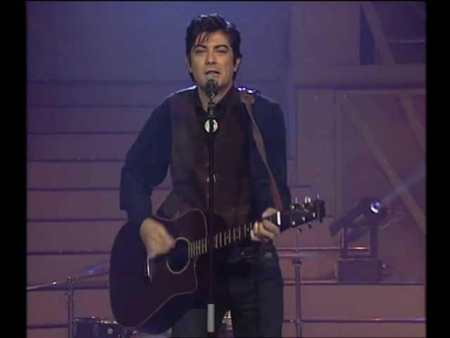 """Vídeo de la canción """"Palabras de Fuego"""" de La Frontera."""