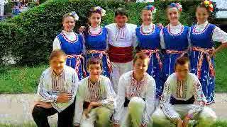 "RAYNA - TEZHKO MINA MLADOSTTA / Райна и МФГ ""Годлево"" - Тежко мина младостта, 2015"
