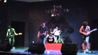 November Air LIVE! - Your Sunday's Best 7-16-11