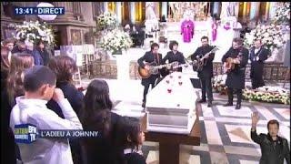"""Les musiciens de Johnny Hallyday reprennent """"Je Te Promets"""" dans l'église de la Madeleine"""