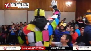 Super Muñeco en Chicago con Lucha Libre Total