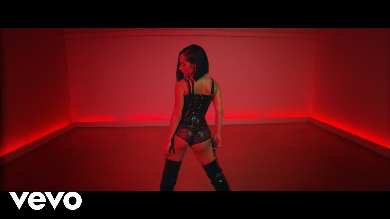 Becky G - MALA SANTA