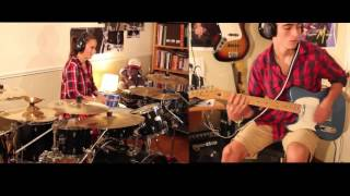 Airbourne - Runnin Wild, Siblings Drums & Guiltar Collab • Chloé's Drum Cover feat. TBoGuitar