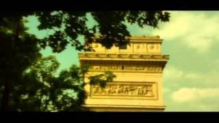SOFIA GONS - Paris S'eveille