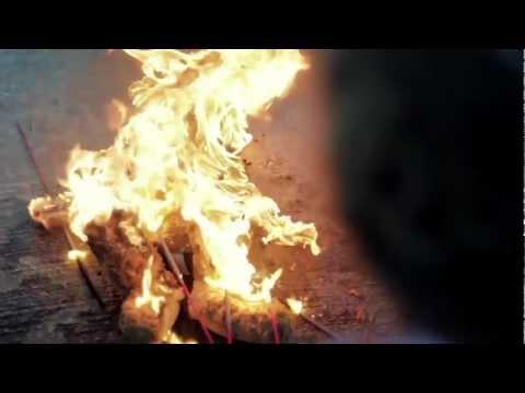 noosa-walk-on-by-music-video-grace-powell