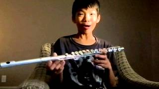 """A guy that fails to play """"Hot Cross Buns"""" on flute"""