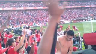 Bailando Benfica Campeão TRI 35