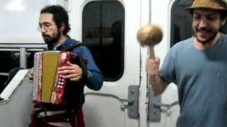 BILONGO - Duo Polvorita - Live at the Silver Train (y... el tren a la Plata.. que se shóo..)