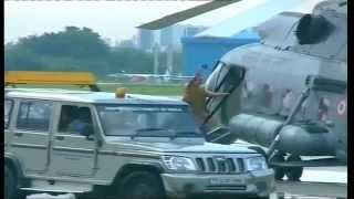 PM Narendra Modi welcomed by Tamil Nadu CM J. Jayalalithaa at Chennai airport
