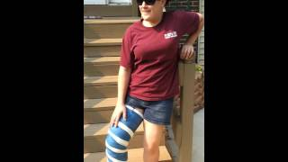 full leg cast sexy move in her broken leg