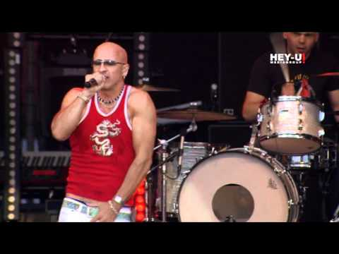 right-said-fred-im-too-sexy-live-hey-u-mediagroup
