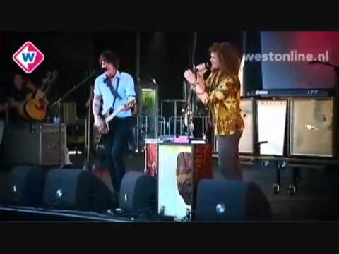 di-rect-electric-submission-live-op-parkpop-2011-yoeri-verbaan