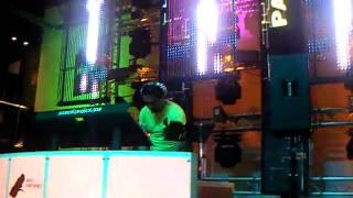 DJ JORGE REA ON THE MIX
