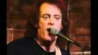 Tommy James & The Shondells - I Think We're Alone Now (LIVE)
