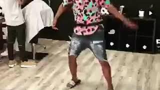 caiiro - at 24 afro house dançarino do porto (PILUKANO MONSTRINHO - Dançarino Oficial TOY QUIUMA(