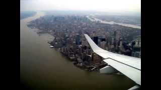 Chegando em ny nova york de aviao, filmagem da chegada no aeroporto. 1/2