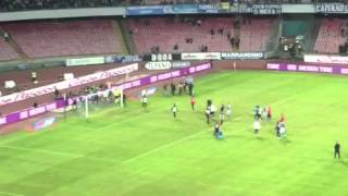 VIDEO - Napoli-Palermo 2-0, un giorno all'improvviso a fine gara, la squadra esulta!