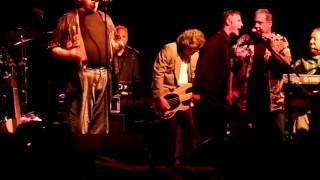 Cryan' Shames & everyone - Sugar & Spice (Live, 7-12-11)