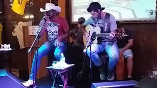 Cantor jadson martens canta a musica de juliano cezar cawboy vagabundo