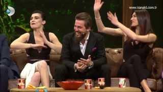 Beyaz Show - Diriliş Ertuğrul dizisinde oynayan oyuncuların başlarından geçen komik anılar