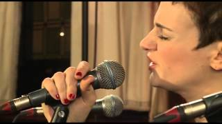 Hooverphonic - Ether (live bij Q)