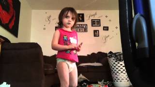 Raegan Telling The World - Taio Cruz cover [Toddler Cover Song]