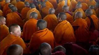 tibetan monks-Opening prayers
