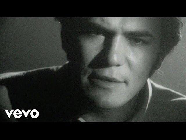"""Video oficial de """"Papá cuéntame otra vez"""" de Ismael Serrano"""