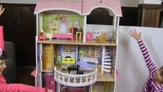 Dollhouse princess Barbie's house presentation review