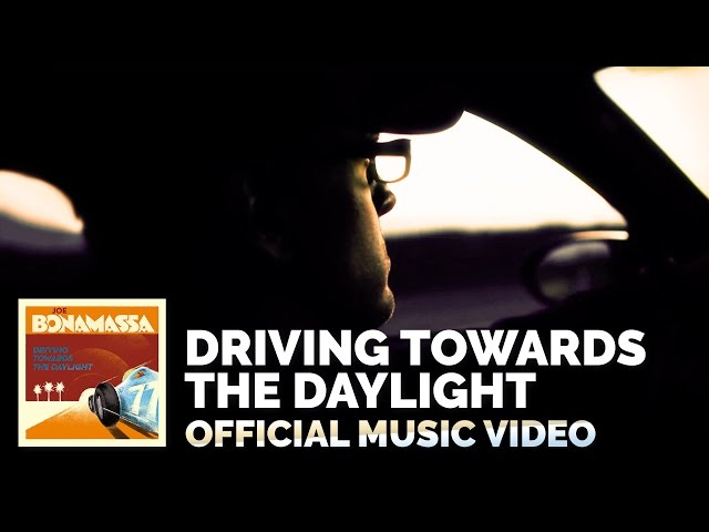 Video oficial de joe Bonamassa de Driving Towards the Daylight
