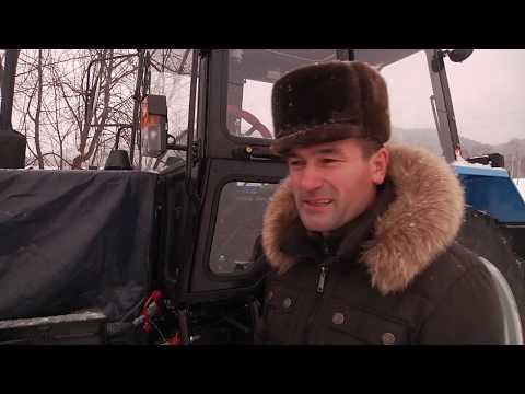 В деревне Новый Бердяш трактор, приобретенный по программе ППМИ, чистит от снега  сельское поселение