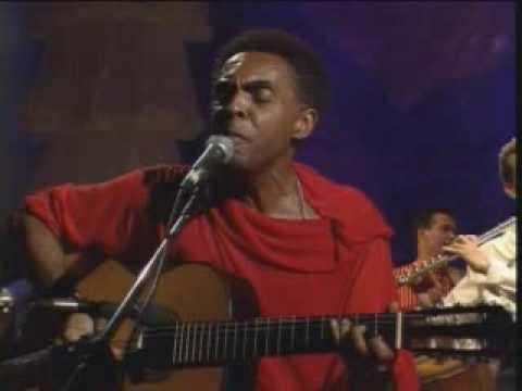 Expresso 2222 de Gilberto Gil Letra y Video