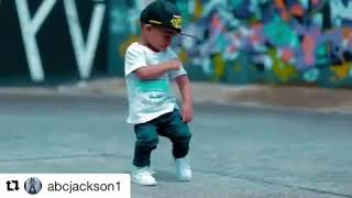 Kid Dancing For The Muzik MI GENTE
