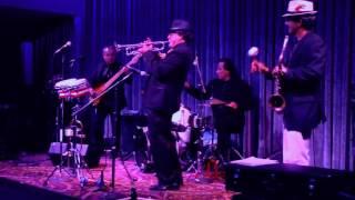 Julius Meléndez Live at Angelicas